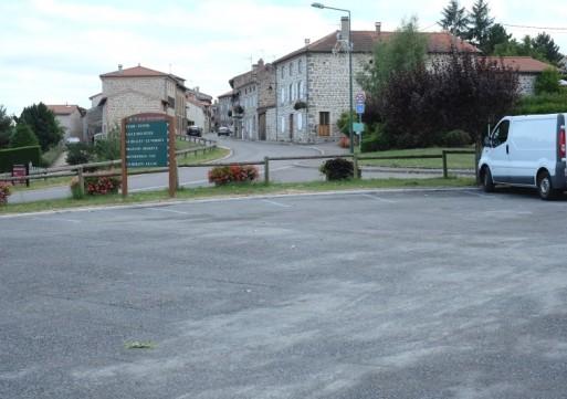 Réouverture du parking du bas du bourg après agrandissement
